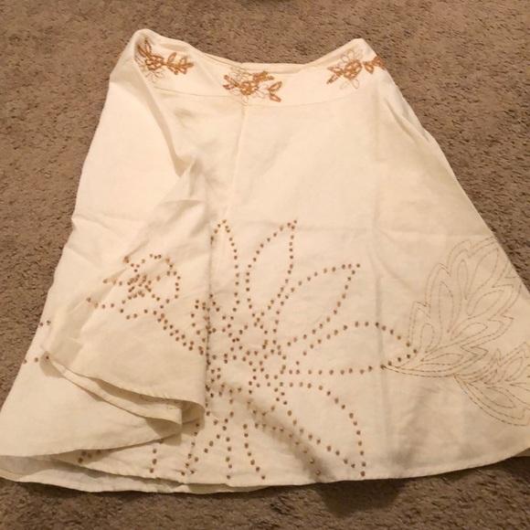 richard malcom Dresses & Skirts - White embroider skirt
